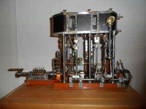Model Triple Expansie Machine
